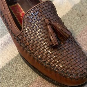 Vtg Cole Haan Country Brown Leather Woven Loafers